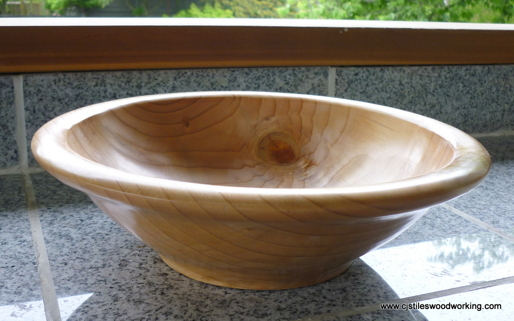 large bowl - unknown softwood